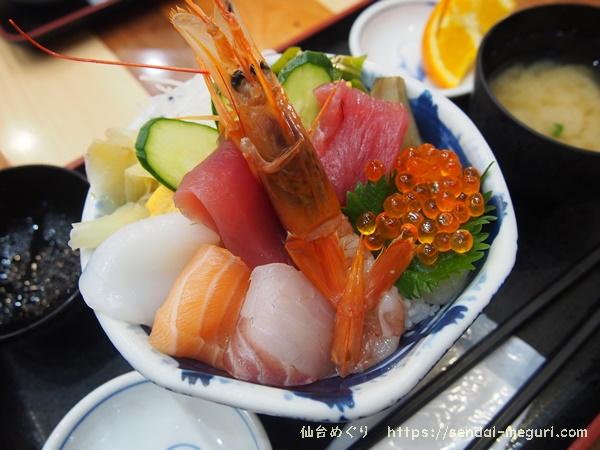 仙台「杜の市場」の格安な海鮮丼やお弁当がランチにも最適。市場のおすすめグルメもご紹介