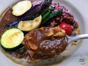「みのりカフェ」仙台駅から最も近くにある美味しいカレー。野菜たっぷりでヘルシー