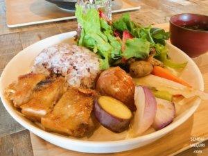 仙台「アキウ舎」の野菜たっぷりランチ!SNS映え古民家カフェで秋保時間を楽しむ