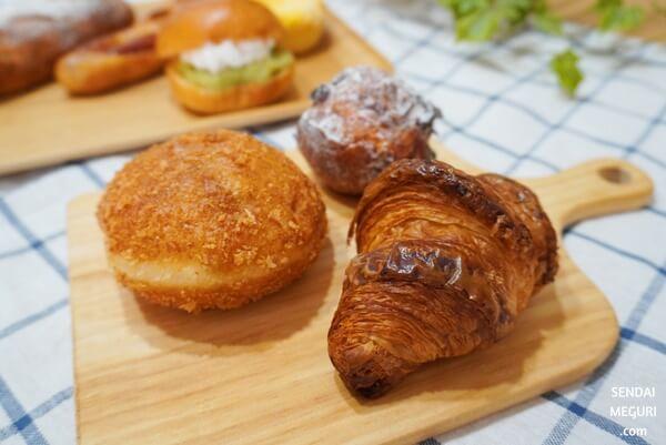 仙台  青い扉のパン屋さん OVEN